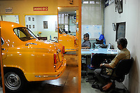 INDIA West Bengal, Kolkata, Austin Car Dealer in Nehru Road verkauft HM Ambassador, the car is still produced new at Hindmotor factory after license of Oxford Morris  / INDIEN Westbengalen Kalkutta, Austin Car Dealer in Nehru Road verkauft HM Ambassador, der HM Ambassador laeuft heute noch neu nach Vorlage des Oxford Morris bei HM Hindustan Motors vom Band