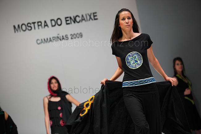 XIX Muestra de Encaje de Camariñas. Desfile de Grandes Diseñadores.
