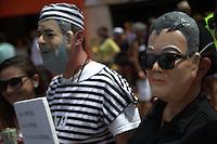 BRASILIA, DF, 07.02.2016 - PACOTAO-CARNAVAL-    Bloco carnavalesco Pacotão, cuja característica é a sátira política, durante desfile na Asa Norte, neste domingo, 07.(Foto:Ed Ferreira / Brazil Photo Press/Folhapress)