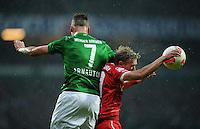 FUSSBALL   1. BUNDESLIGA    SAISON 2012/2013    12. Spieltag   SV Werder Bremen - Fortuna Duesseldorf               18.11.2012 Johannes van den Bergh (re, Fortuna Duesseldorf) gegen Marko Arnautovic (li, SV Werder Bremen)