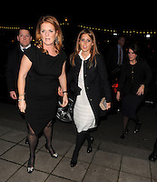 NON EXCLUSIVE PICTURE: MATRIXPICTURES.CO.UK.PLEASE CREDIT ALL USES..WORLD RIGHTS..HRH The Duchess of York, Princess Beatrice and Princess Eugenie are pictured on a night out in London last night...NOVEMBER 29th 2012..REF: LTN 125617 /NortePhoto