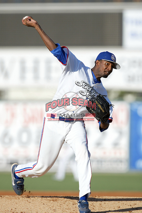 June 24 2007: James McDonald of the Inland Empire 66'ers pitches against the San Jose Giants at Arrowhead Credit Union Park in San Bernardino,CA.  Photo by Larry Goren/Four Seam Images