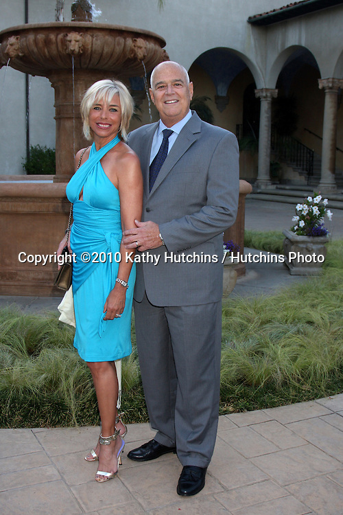 LOS ANGELES - JUL 24:  Nancy Alspaugh-Jackson & husband Read Jackson arrives at  the 12th Annual HollyRod Foundation DesignCare Event at Ron Burkle's Green Acres Estate on July24, 2010 in Beverly Hills, CA ....