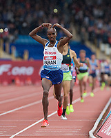 Mo Farah of GBR celebrates winning his 3000m race, his track race ever on British tracks during the Muller Grand Prix Birmingham Athletics at Alexandra Stadium, Birmingham, England on 20 August 2017. Photo by Andy Rowland.