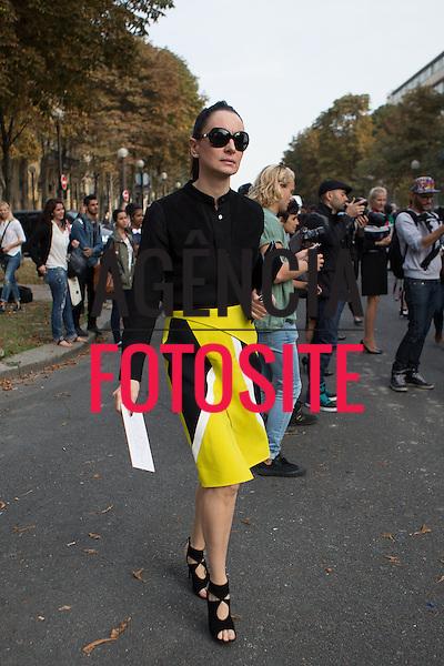 Paris, Franca &sbquo;26/09/2013 - Moda de Rua durante a Semana de moda de Paris - Verao 2014. <br /> Foto: Mastrangelo Reino/ Fotosite