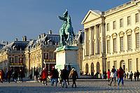 Palace at Versailles, Versailles, France, Paris, Europe, Yvelines, Equestrian statue of Louis XIV at the Chateau de Versailles.