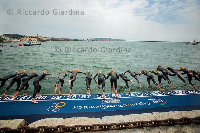 08/05/2016 - Race start  Elite Men, 2016 Cagliari ITU Triathlon World Cup -