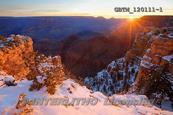 Tom Mackie, CHRISTMAS LANDSCAPE, photos,+America, American, Arizona, Grand Canyon National Park, North America, US, USA, United States, United States of America, atmo+sphere, atmospheric, dramatic, dramatics, gold, golden, grand view, holiday destination, horizontal, horizontals, icon, iconi+c, landmark, landmarks, mood, moody, national park, natural wonder of the world, orange, snow, snow-covered, sunburst, sunris+e, sunset, time of day, weather, winter, wonder,America, American, Arizona, Grand Canyon National Park, North America, US, US+,GBTM120111-1,#xl#