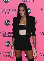 NEW YORK, NY - DECEMBER 02:  Winnie Harlow attends the Victoria's Secret Viewing Party at Spring Studios on December 2, 2018 in New York City. <br /> CAP/MPI/JP<br /> &copy;JP/MPI/Capital Pictures