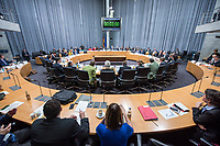 2018/04/18 Bundestag | Umweltausschuss | Woelfe in Deutschland