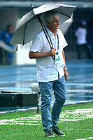 BARRANQUILLA - COLOMBIA, 22-09-2018: Julio Comensaña, técnico de Atlético Junior, durante partido de la fecha 11 entre Atlético Junior y La Equidad por la Liga Aguila II 2018, jugado en el estadio Metropolitano Roberto Meléndez de la ciudad de Barranquilla. / Julio Comensaña, coach of Atletico Junior, during a match of the of the 11th date between Atletico Junior and La Equidad, for the Liga Aguila II 2018 at the Metropolitano Roberto Melendez stadium in Barranquilla city, Photo: VizzorImage  / Alfonso Cervantes / Cont.