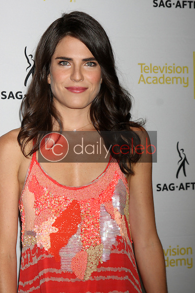 Karla Souza<br />