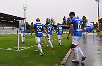 v.l. Darmstadt Spieler betreten das Spielfeld, Nicolai Rapp (SV Darmstadt 98), Patrick Herrmann (SV Darmstadt 98), Tim Skarke (SV Darmstadt 98 ), Fabian Holland (SV Darmstadt 98), Fabian Schnellardt (SV Darmstadt 98) im Merck Stadion am Böllenfalltor - 23.05.2020: Fussball 2. Bundesliga, Saison 19/20, Spieltag 27, SV Darmstadt 98 - FC St. Pauli, emonline, emspor, v.l. Stadionansicht Innenraum, Rasen Uebersicht vor dem Spiel<br /> <br /> <br /> Foto: Florian Ulrich/Jan Huebner/Pool VIA Marc Schüler/Sportpics.de<br /> Nur für journalistische Zwecke. Only for editorial use. (DFL/DFB REGULATIONS PROHIBIT ANY USE OF PHOTOGRAPHS as IMAGE SEQUENCES and/or QUASI-VIDEO)