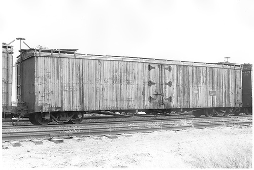 Long reefer #160 in Alamosa yard.<br /> D&amp;RGW  Alamosa, CO  Taken by Schnepf, Ted - 6/1971