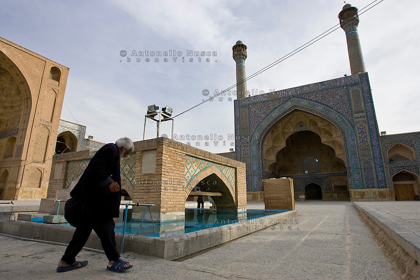 The Jam-e Mosque (Congregational Mosque) in Isfahan, Iran May 4,  2007.