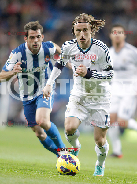 Real Madrid's Luka Modric during La Liga match. December 16, 2012. (ALTERPHOTOS/Alvaro Hernandez)