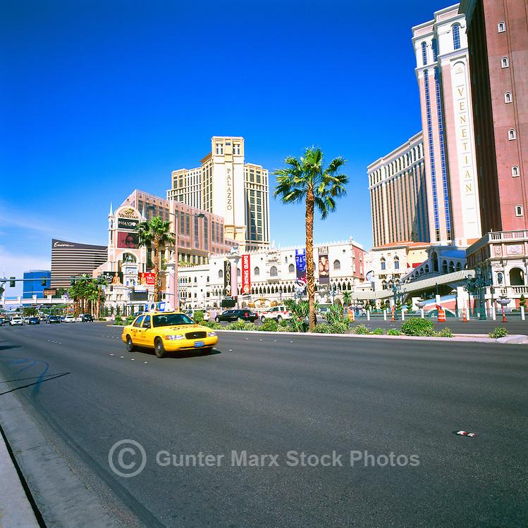 The Strip, (Las Vegas Boulevard), Las Vegas, Nevada, USA - Wynne Las Vegas & Encore Resort to the left, the Venetian Las Vegas Casino, Hotel & Resort to the right, and the Palazzo Las Vegas Resort Hotel behind