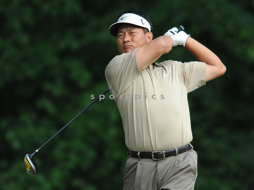KJ CHOI, during the first round of the Quail Hollow Championship, on April 30, 2009 in Charlotte, NC.