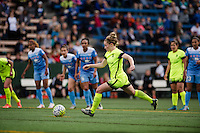 Seattle, WA - Sunday, May 22, 2016: Seattle Reign FC midfielder Kim Little (8) takes a penalty kick in the 89th minute during a regular season National Women's Soccer League (NWSL) match at Memorial Stadium.