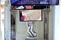 Esposizione di Kash Gabriele Torsello per la presentazione del libro Afganistan Camerta Oscura - Accademia delle belle arti - Leccer - 23 gennaio 2012.