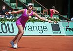 Petra Kvitova (CZE) defeats Nina Bratchikova (RUS) 6-2, 4-6, 6-1.