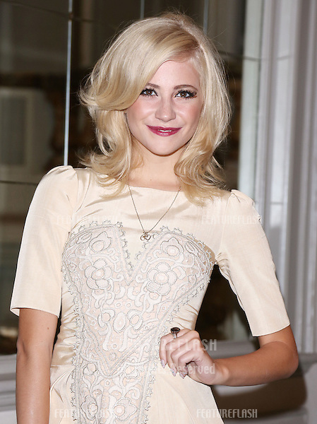 Pixie Lott arriving at the Temperley catwalk show as part of London Fashion Week SS13, New Connaught Rooms, Covent Garden, London. 16/09/2012 Picture by: Henry Harris / Featureflash