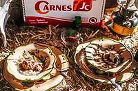 Este proximo s&aacute;bado 14 se abril se llevara acabo la Tercera Muestra Gastron&oacute;mica en San Pedro. Se contaran todos los platillos representantes de la region asi como actividades recreativas y culturales.10abril2018 <br /> (Photo:Luis Gutierrez/ NortePhoto.com)<br /> <br /> pclaves:  Don jesus, carnes JC, JC, Carnes, Caldo, gallina pinta, plato, platos, comida, alimentos, comidas sonorenses, Sonora,