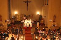 Pfarrer Christof Mulach bei der Ostermesse