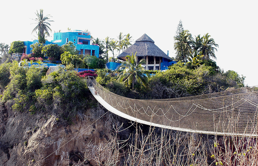 "View of ""casa mi ojo"" from its famous suspension bridge"