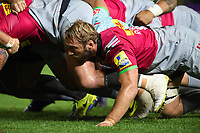 Chris Robshaw of Harlequins in action at a scrum. Aviva Premiership match, between Harlequins and Sale Sharks on October 6, 2017 at the Twickenham Stoop in London, England. Photo by: Patrick Khachfe / JMP