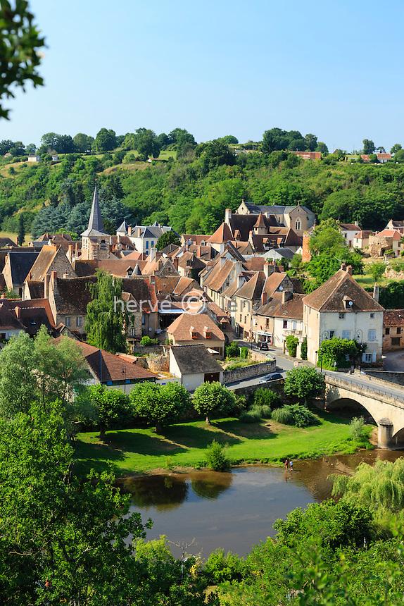 France, Allier (03), Hérisson, le village et la rivière l'Aumance // France, Allier, Herisson, the village and Aumance river