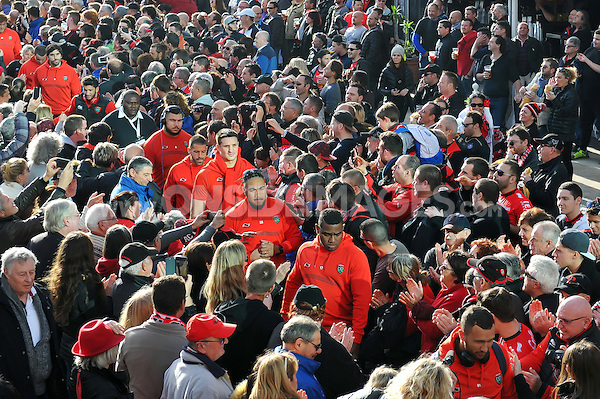 The Toulon team arrive at the Stade Mayol. European Rugby Champions Cup match, between RC Toulon and Bath Rugby on January 10, 2016 at the Stade Mayol in Toulon, France. Photo by: Patrick Khachfe / Onside Images