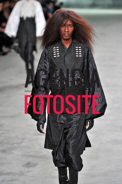 New York, EUA &ndash; 09/02/2013 - Desfile de Rick Owens durante o New York Fashion Week - Inverno 2013. <br /> Foto: Firstview/FOTOSITE