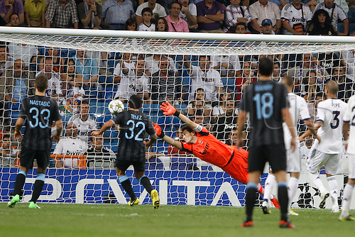 18.09.2012. Madrid. Spain.  Champions League   match played between Real Madrid CF vs  Manchester City at Santiago Bernabeu stadium. The picture show Iker Casillas (spanish goalkeeper of Real Madrid) Real Madrid rallied to win the game 3-2.