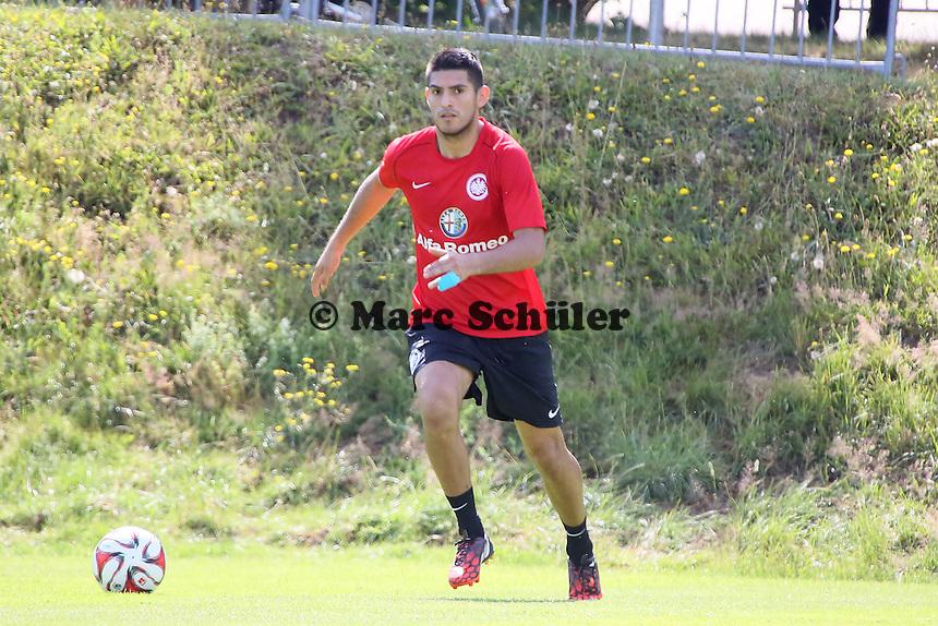 Carlos Zambrano (Eintracht) - Eintracht Frankfurt Trainingsauftakt, Commerzbank Arena