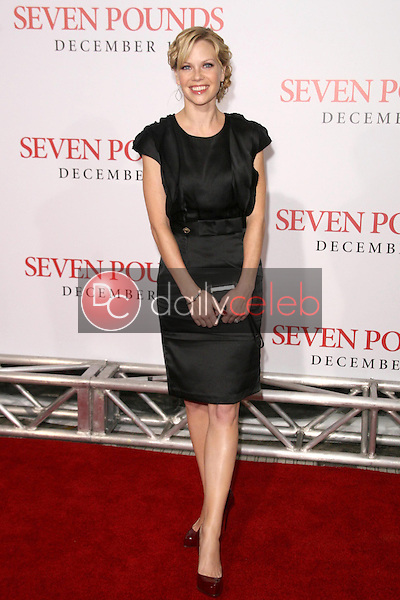 Sarah Jane Morris <br /> at the Los Angeles Premiere of 'Seven Pounds'. Mann Village Theatre, Westwood, CA. 12-16-08<br /> Dave Edwards/DailyCeleb.com 818-249-4998