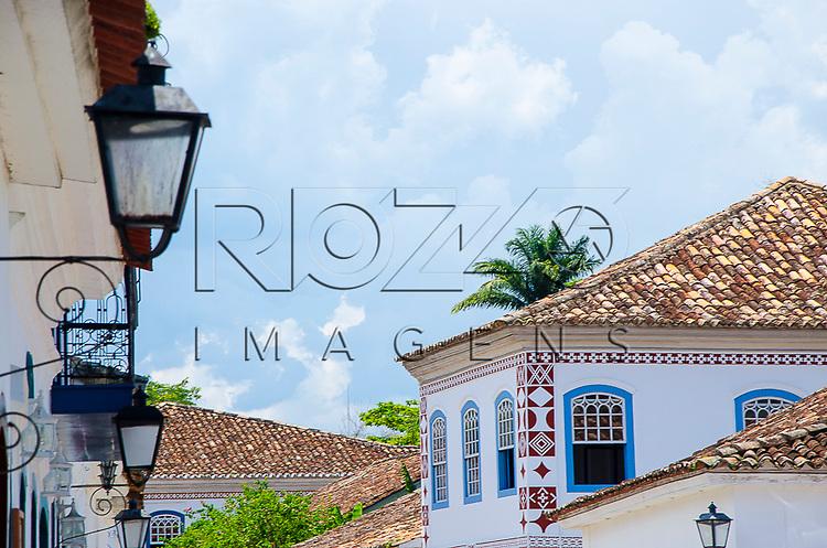 Detalhes nos casarios do centro histórico, Paraty- RJ, 01/2014.