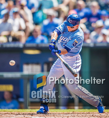 25 August 2013: Kansas City Royals outfielder David Lough in action against the Washington Nationals at Kauffman Stadium in Kansas City, MO. The Royals defeated the Nationals 6-4, to take the final game of their 3-game inter-league series. Mandatory Credit: Ed Wolfstein Photo *** RAW (NEF) Image File Available ***