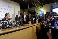 Roma, 9 Dicembre 2013<br />Sede Nazionale del Partito Democratico.<br />Il segretario uscente del PD Guglielmo Epifani e il nuovo segretario Matteo Renzi incontrano la stampa<br />Roma, 9 Dicembre 2013<br />Sede Nazionale del Partito Democratico.<br />Il nuovo segretario del PD  Matteo Renzi incontrala stampa