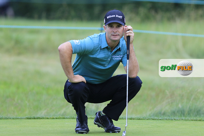 Kevin Streelman (USA) on the 8th green during Friday's Round 1 of the 2016 U.S. Open Championship held at Oakmont Country Club, Oakmont, Pittsburgh, Pennsylvania, United States of America. 17th June 2016.<br /> Picture: Eoin Clarke | Golffile<br /> <br /> <br /> All photos usage must carry mandatory copyright credit (&copy; Golffile | Eoin Clarke)