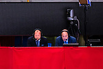 Stockholm 2014-09-17 Ishockey SHL Djurg&aring;rdens IF - Leksands IF :  <br /> Cmore kommentatorer Petter R&ouml;nnquist och Lasse Granqvist p&aring; pressl&auml;ktaren i Globen under matchen mellan Djurg&aring;rden och Leksand<br /> (Foto: Kenta J&ouml;nsson) Nyckelord:  Djurg&aring;rden DIF Hockey Globen Ericsson Globe Arena SHL Leksand LIF TV TV-studio kommentator kommentatorer expert