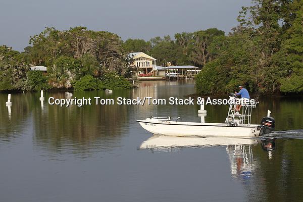 Pleasure boaing in CrystalRiver, Florida