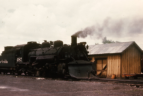 3/4 engineer's-side view of D&amp;RGW #487 beside a speeder shed.<br /> D&amp;RGW