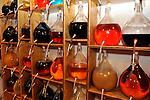 20081001 - France - Bourgogne - Dijon<br /> A LA FABRIQUE DE CASSIS BRIOTTET, 12 RUE BERLIER A DIJON.<br /> Ref : CASSIS_BRIOTTET_003.jpg - © Philippe Noisette.