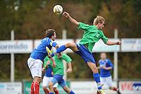 VOETBAL: SURHUISTERVEEN: Sportpark 't Ketting, 20-10-2012, vv 't Fean '58 - SC Veenwouden, Eindstand 2-1, Willem van Kammen (#2 | aanvoerder 't Fean '58), ? (#? | Veenwouden), ©foto Martin de Jong