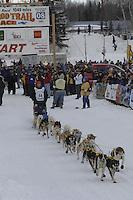 Melissa Owens Willow restart Iditarod 2008.