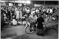 Uzbekistan - Margilan - bazaar