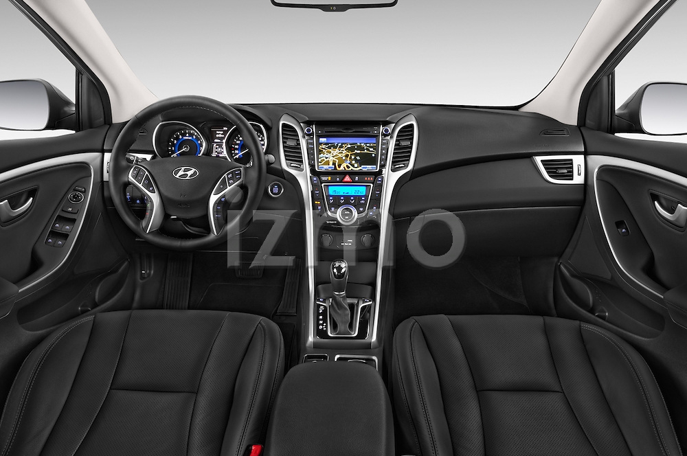 Stock photo of straight dashboard view of 2015 Hyundai I30 Joy 5 Door Hatchback