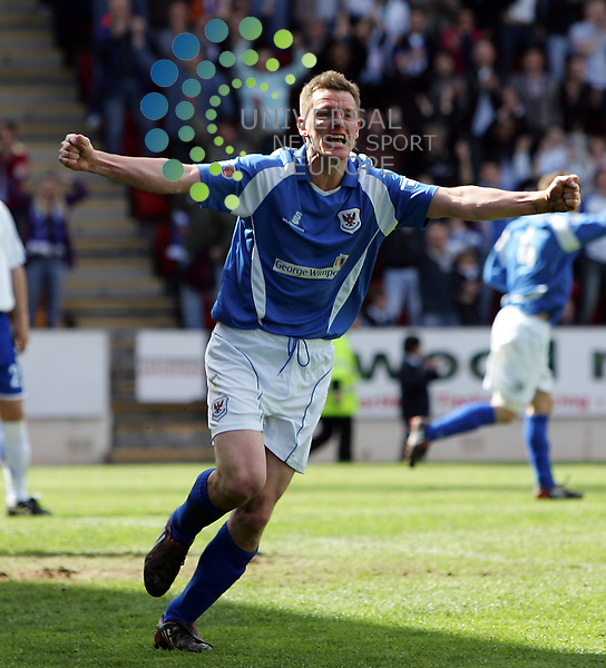 St Johnstone v Morton, McDiarmid Park, Perth - 02/05/2009.Irn-Bru Scottish Football League First Division  2008/09..St. Johnstone's Martin Hardie after scoring the equaliser.  Picture by John Cockburn/ Universal News & Sport (Scotland)