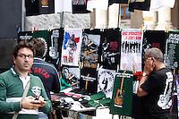 Springsteen's  illegal  fake tee seen on the stand  in Naples before the perfomance  of the Boss ...NAPOLI ACCENDINI SCIARPE CAPELLI E MAGLIETTE RIGOROSAMENTE FALSE VENDUTE AI  FAN DI BRUCE SPRINGSTEEN .FOTO DE LUCA.
